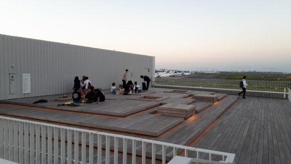 羽田イノベーションシティ 足湯スポットを撮った写真