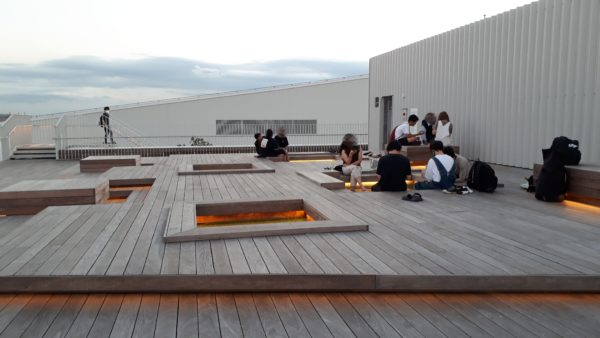 羽田イノベーションシティ屋上足湯スポットを撮った写真
