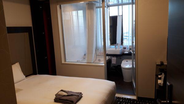 ロイヤルパークホテル羽田8階のプレミアムフロアの客室の様子を撮影した写真