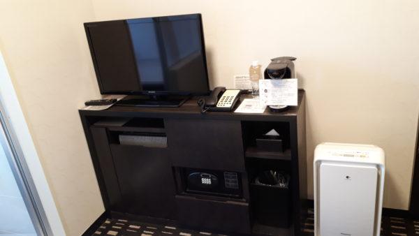 ロイヤルパークホテル羽田のプレミアムフロア客室内の様子を撮影した写真