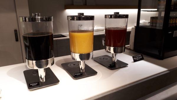 パワーラウンジノース アイスコーヒー・オレンジジュース・トマトジュースの写真